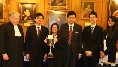 Oxford Jessup Team with the Rebecca MM Wallace Trophy